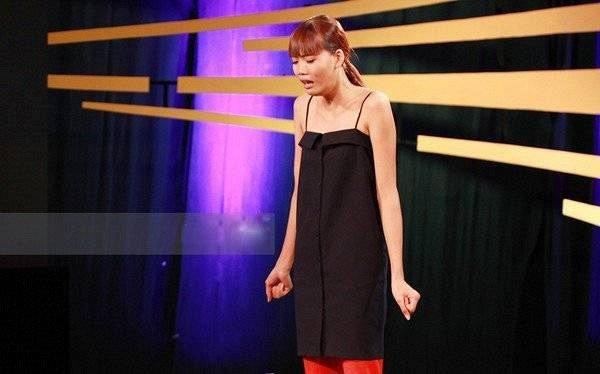 Nguyen Hop xoa danh hieu 'thanh dien' nho Vietnam's Next Top Model - All Stars hinh anh 1