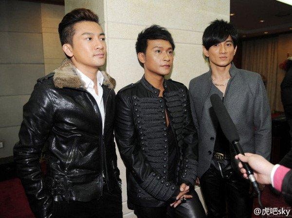 Tai tu 'Hoan Chau cach cach' con gi sau clip phan cam o tuoi U50? hinh anh 4