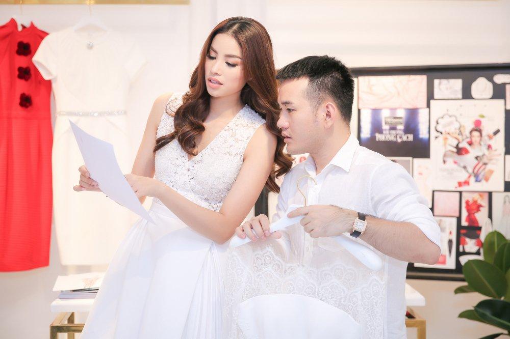 Cao Ngan trung show thoi trang lon sau bao scandal bi nem da vi sieu gay hinh anh 3