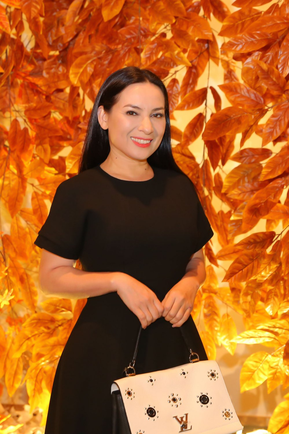 Kim Ly - Ha Ho hoi ngo vo chong Tran Thanh trong 'da tiec sinh nhat' cua Mr Dam hinh anh 4