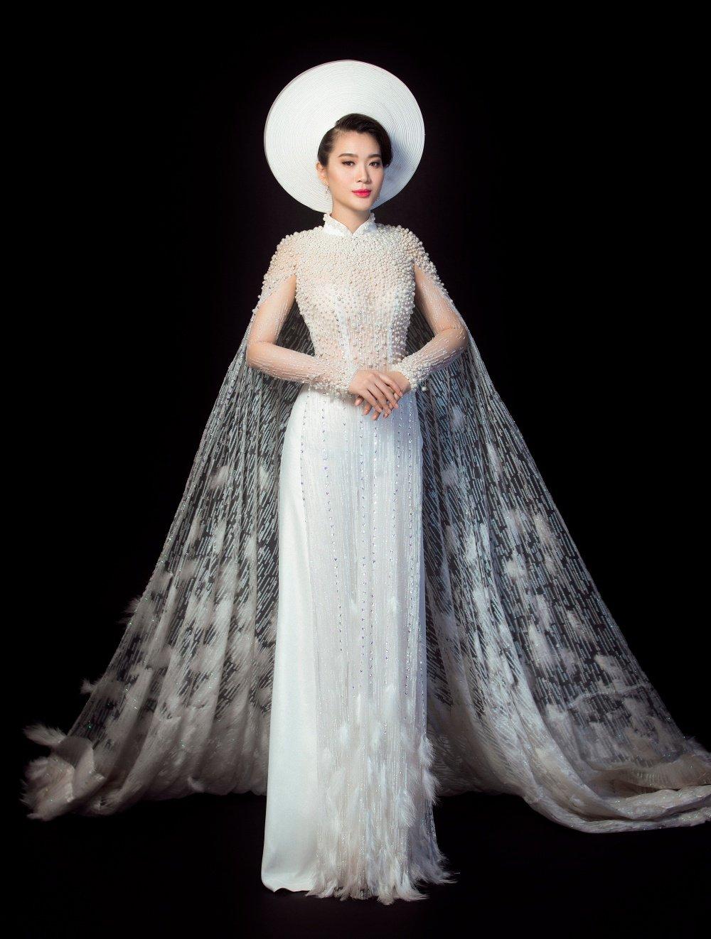 Vu Binh Minh khoe nhan sac sexy truoc khi du thi 'Hoa hau Doanh nhan Toan cau' hinh anh 1