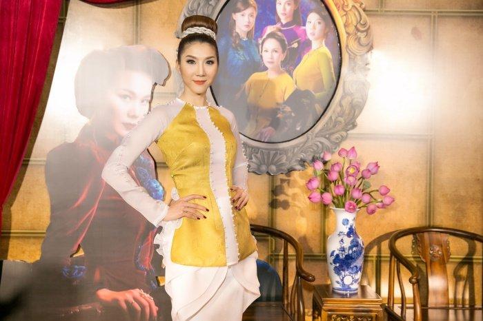Thanh Hang day uy quyen, Lan Khue quyen ru tren tham do hinh anh 5