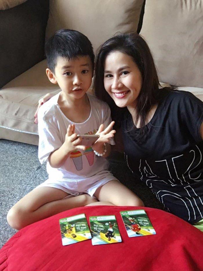 Kim Tuyen, Diep Bao Ngoc chon song doc than, hanh phuc ben con sau ly hon hinh anh 11