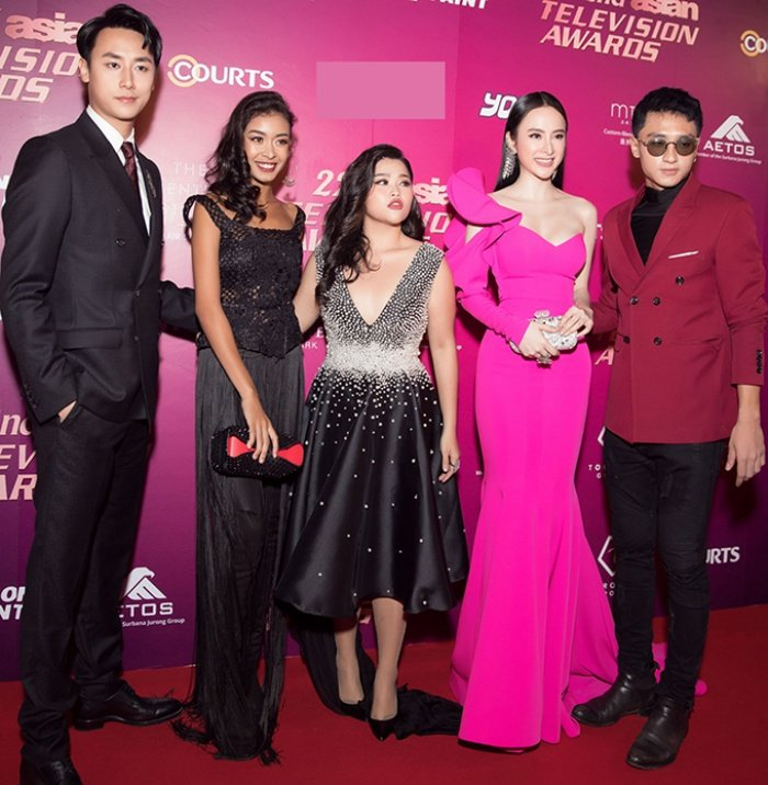 Angela Phuong Trinh hoi ngo nam dien vien dinh dam TVB Au Duong Chan Hoa hinh anh 4