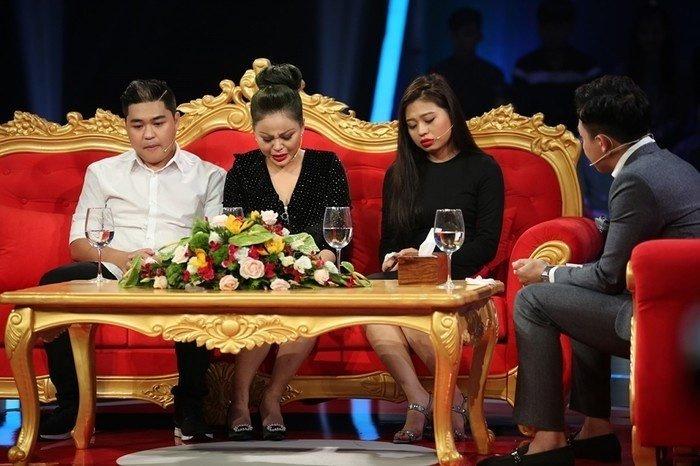 Vo dau danh hai Duy Phuong: Le Giang lam nguoi thu 3, tung nhao vao danh toi hinh anh 1