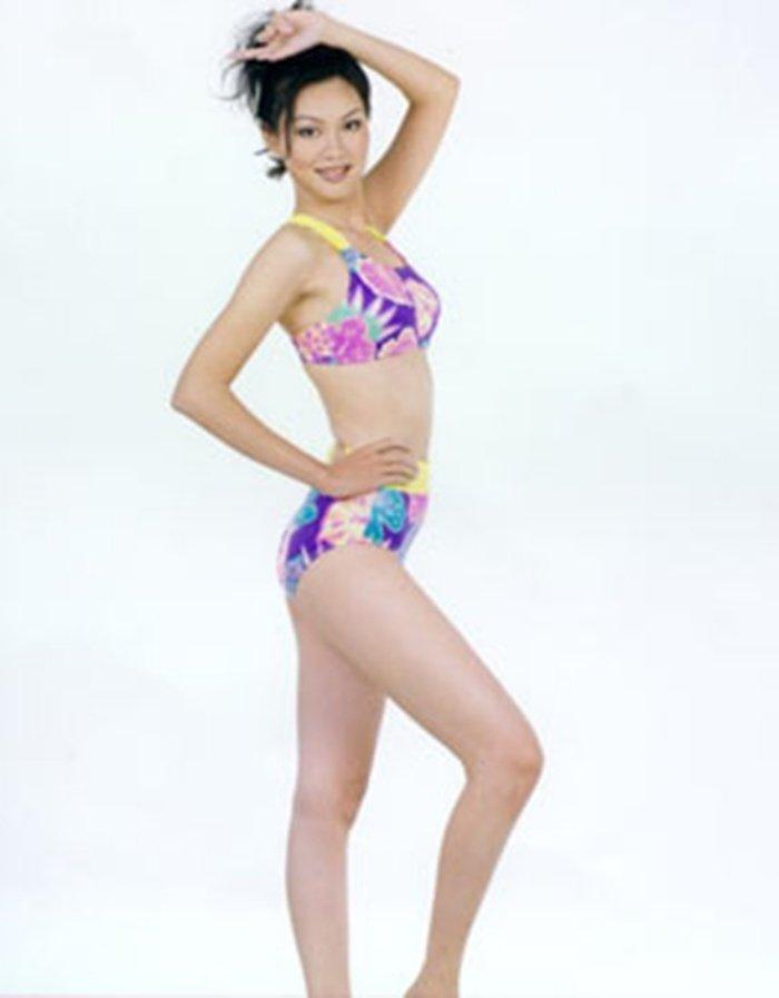 Nhung phan thi ung xu Hoa hau cuoi ra nuoc mat hon ca Phi Thanh Van hinh anh 3