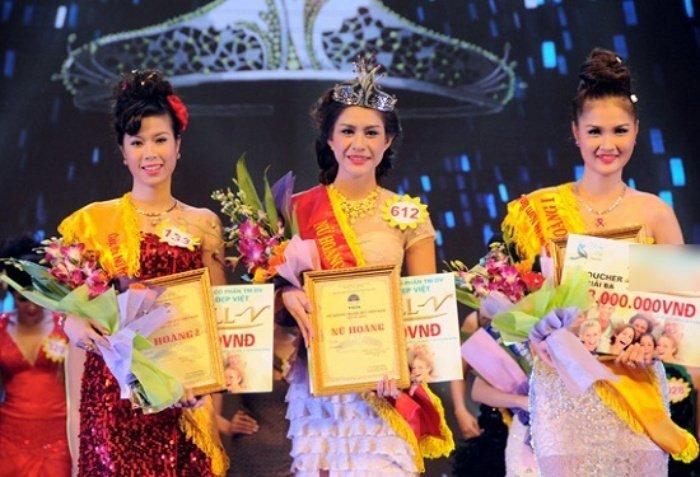 Nhung phan thi ung xu Hoa hau cuoi ra nuoc mat hon ca Phi Thanh Van hinh anh 5