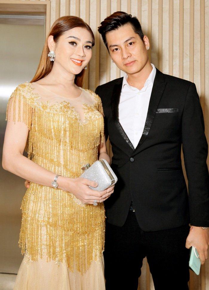 Lam Khanh Chi danh 1 nam chuan bi dam cuoi voi ban trai kem 8 tuoi hinh anh 7