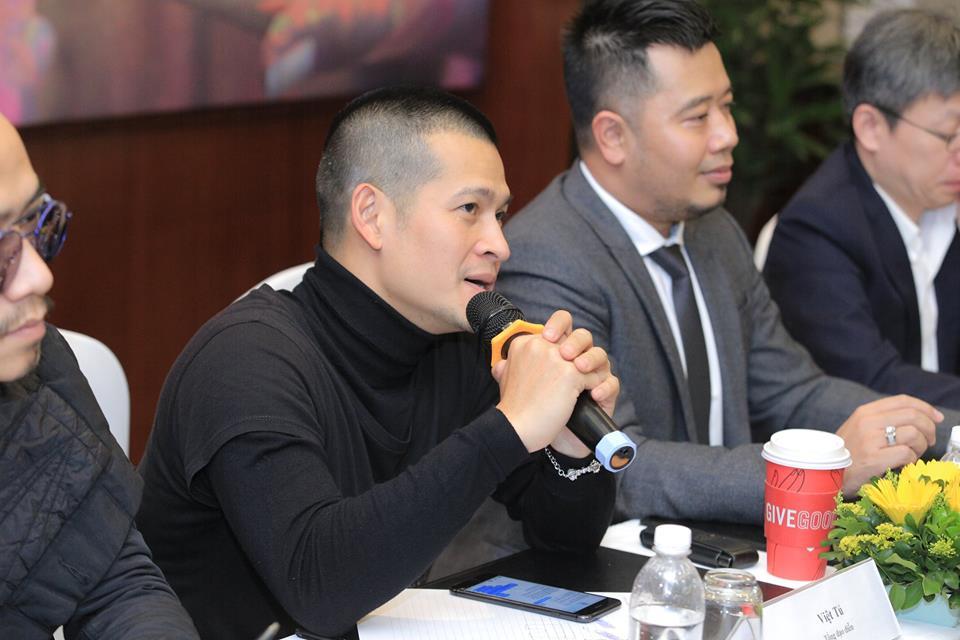 Hoa si Le Thiet Cuong lam giam tuyen chuoi hoat dong nghe thuat 'Ve dep la gi?' hinh anh 4