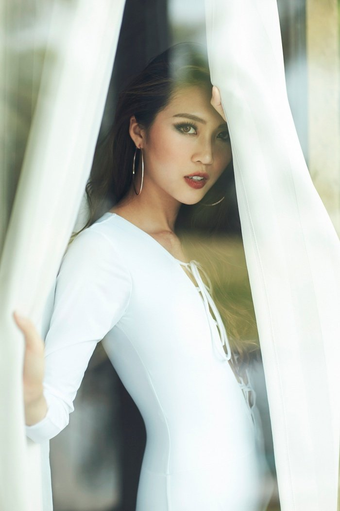 Hoa hau Tuong Linh khoe voc dang 'dong ho cat' cuc sexy voi bikini hinh anh 6