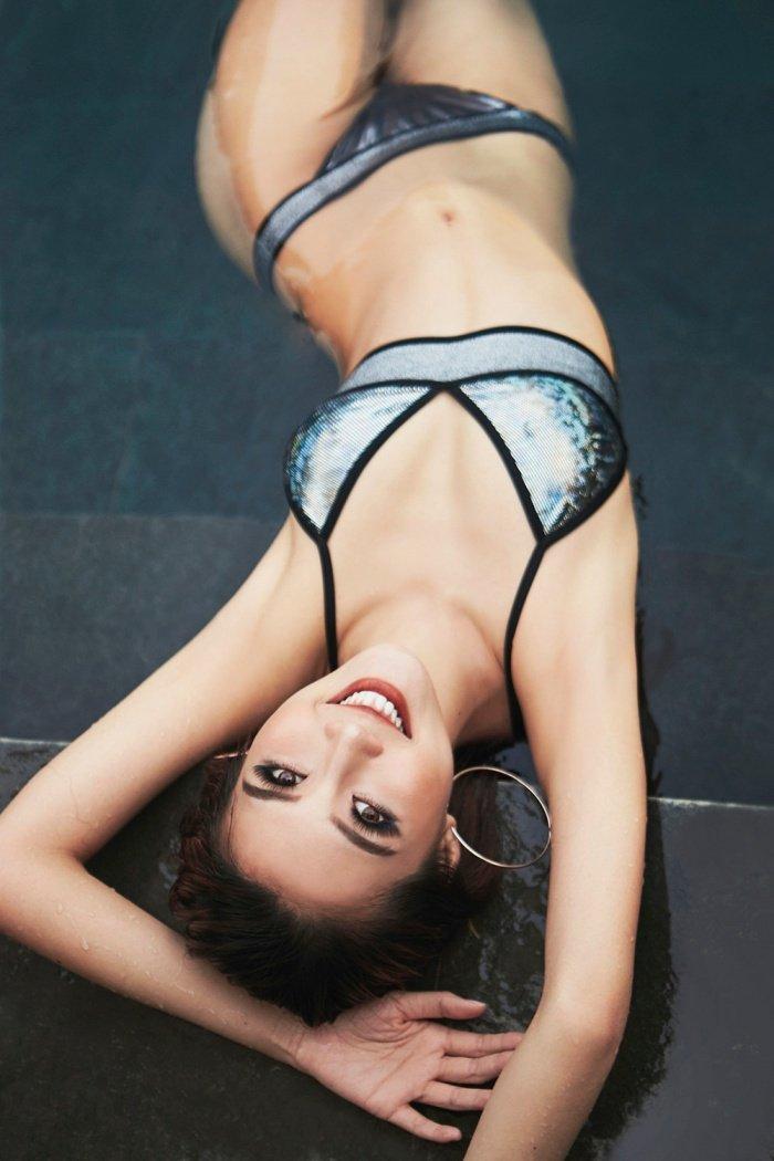 Hoa hau Tuong Linh khoe voc dang 'dong ho cat' cuc sexy voi bikini hinh anh 12