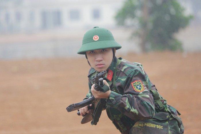 Quan phuc giup my nam Viet 'lot xac' the nao? hinh anh 15