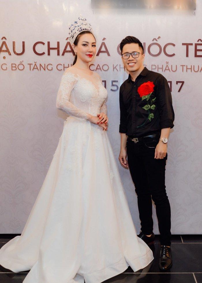 Hoa hau Vu Lam: 'Toi se keo dai chan cho toi khi cao 1m78 moi thoi' hinh anh 2