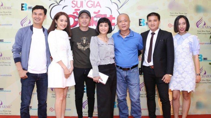 Nha Phuong rang ro den chuc mung Hoai Linh lam liveshow tai que nha hinh anh 1