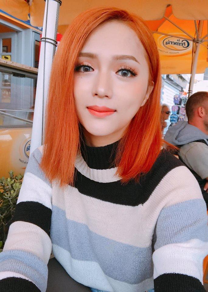 Huong Giang Idol: Toi tung bi tram cam, thuong xuyen nghi den cai chet sau khi chuyen gioi hinh anh 1