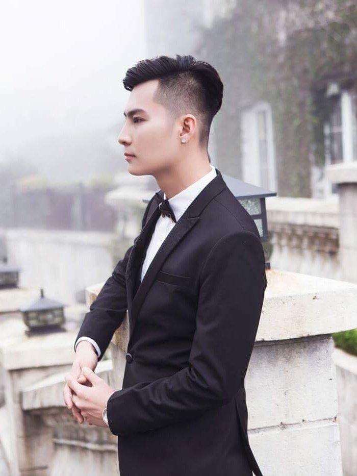 Chong Lam Khanh Chi khoe ve dien trai nhu nam than truoc hon le hinh anh 2