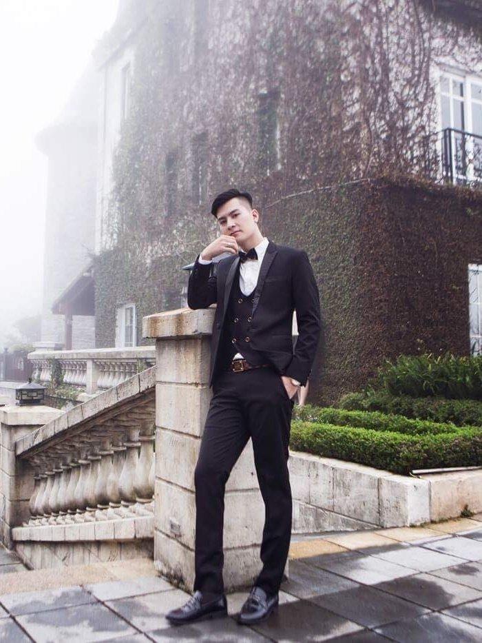 Chong Lam Khanh Chi khoe ve dien trai nhu nam than truoc hon le hinh anh 8
