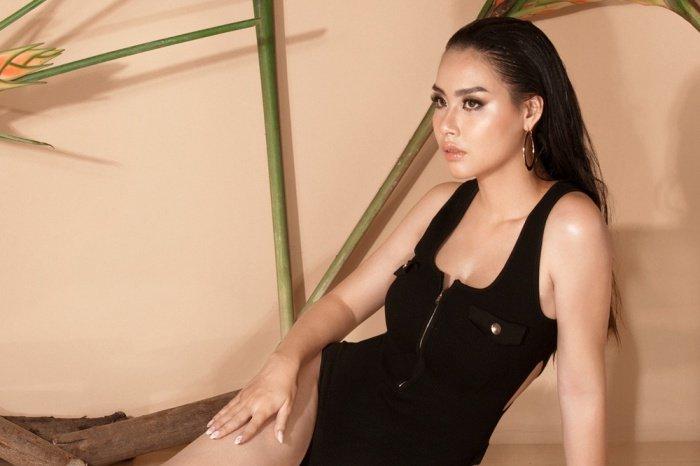 Hoa hau Bien Thuy Trang nong bong voi bikini khoe dang chuan hinh anh 7