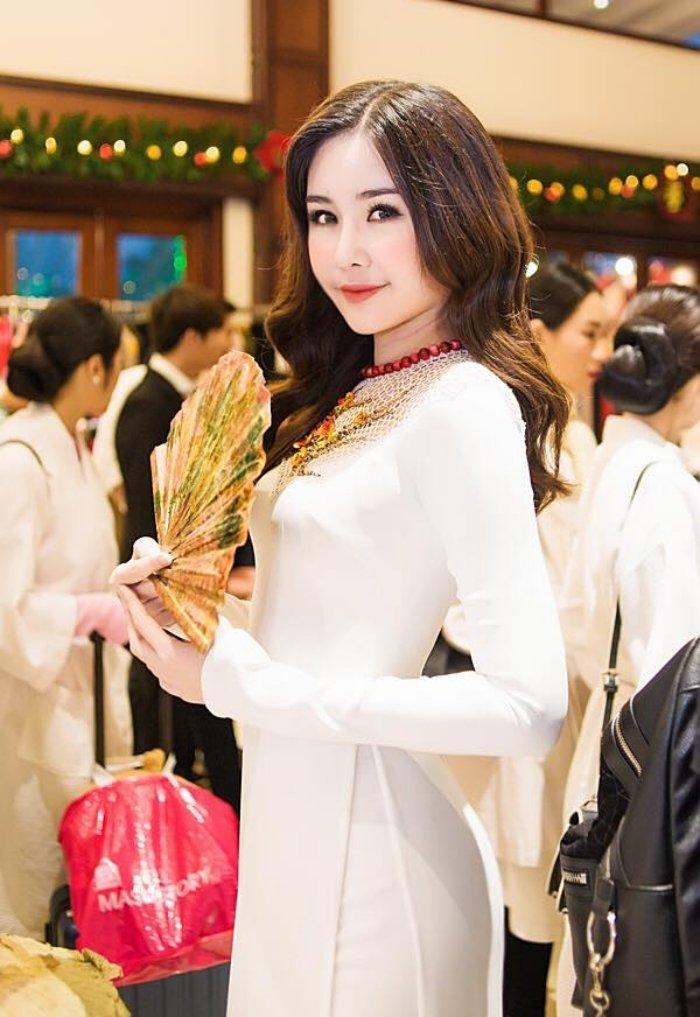 Nhan sac 'Hoa hau Dai duong 2017' bot gay tranh cai hau dang quang hinh anh 2