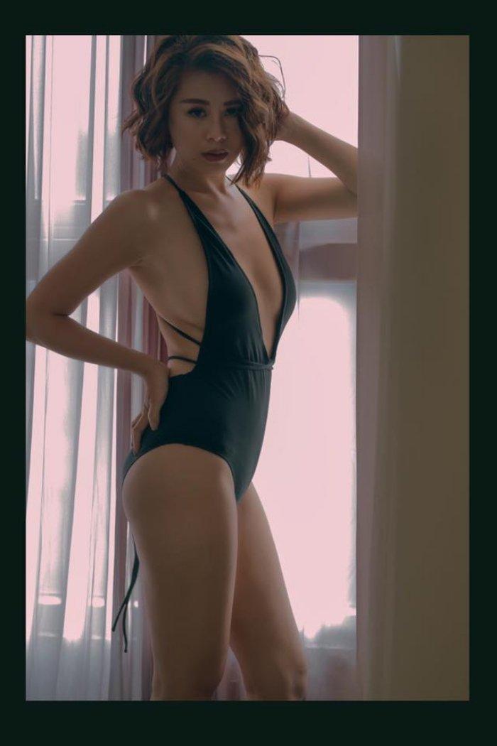 'Kieu nu' Nam Thu: My nhan sexy nhat lang hai Viet hinh anh 9