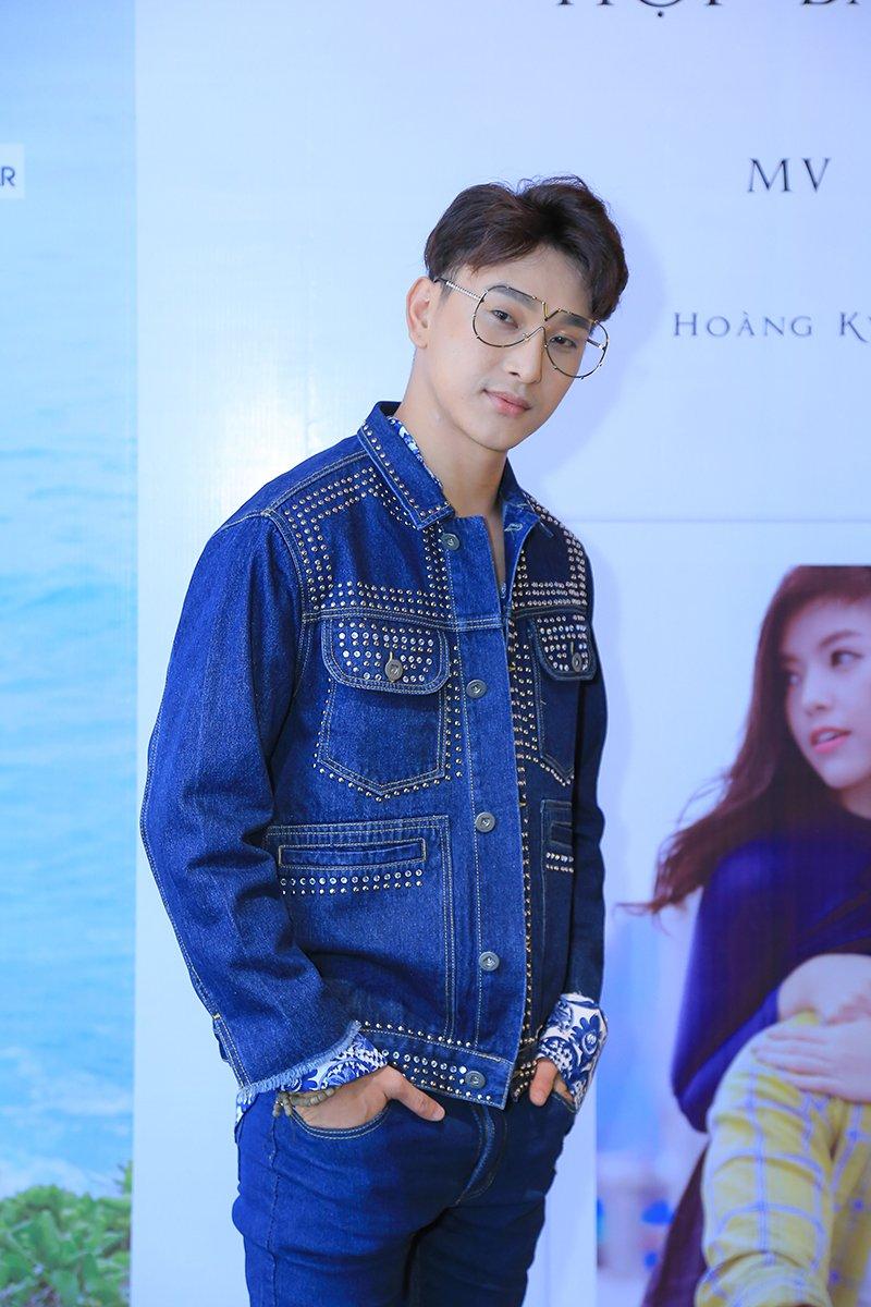 'My nam 18+' Hoang Ky Nam bat ngo cap ke voi 'bong hong lai' Truc Anh hinh anh 1