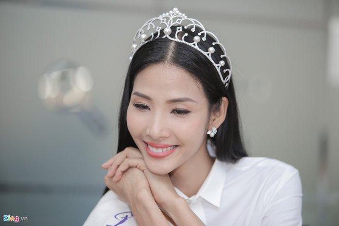 Hoang Thuy: 'Toi, Mau Thuy hay H'Hen Nie deu phu hop lam Hoa hau' hinh anh 2
