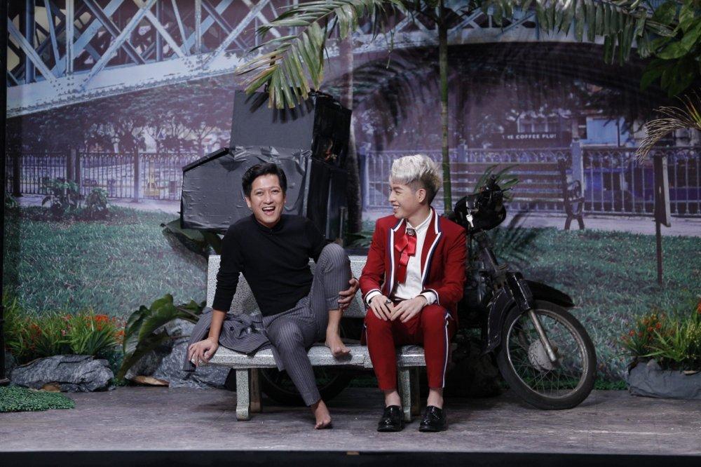 Video: Hau tin don lang nhang, Truong Giang bi Duc Phuc day cach yeu hinh anh 1