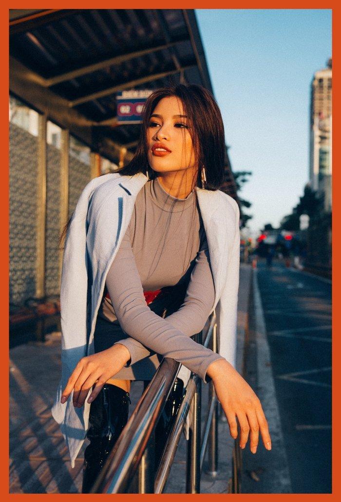Sau tuyen bo rut lui khoi showbiz, Nguyen Thi Thanh tai xuat sexy day ca tinh hinh anh 8