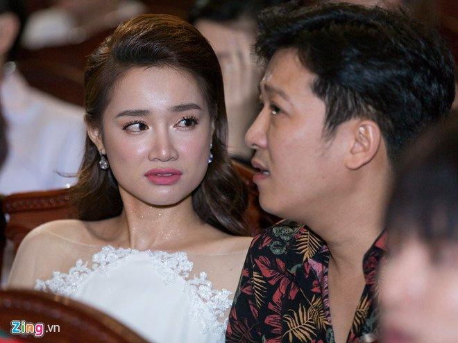 Bieu cam guong gao cua Nha Phuong khi Truong Giang cau hon bi ban tan hinh anh 1