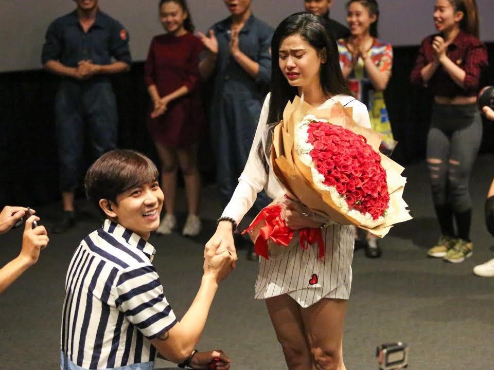Khong chi co Truong Giang va Nha Phuong, showbiz Viet cung tung chung kien nhieu man cau hon lang man hinh anh 4
