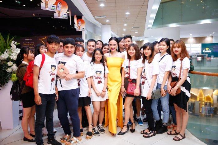Angela Phuong Trinh goi cam voi vay 'quen noi y' tao bao hinh anh 9