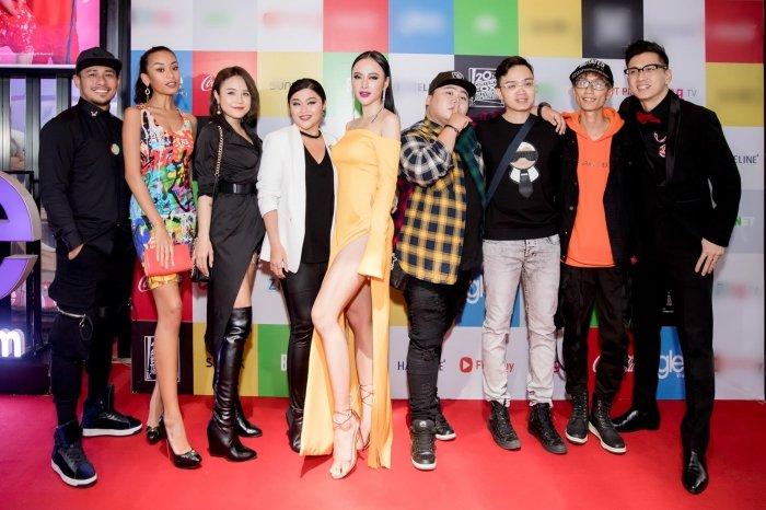 Angela Phuong Trinh goi cam voi vay 'quen noi y' tao bao hinh anh 5