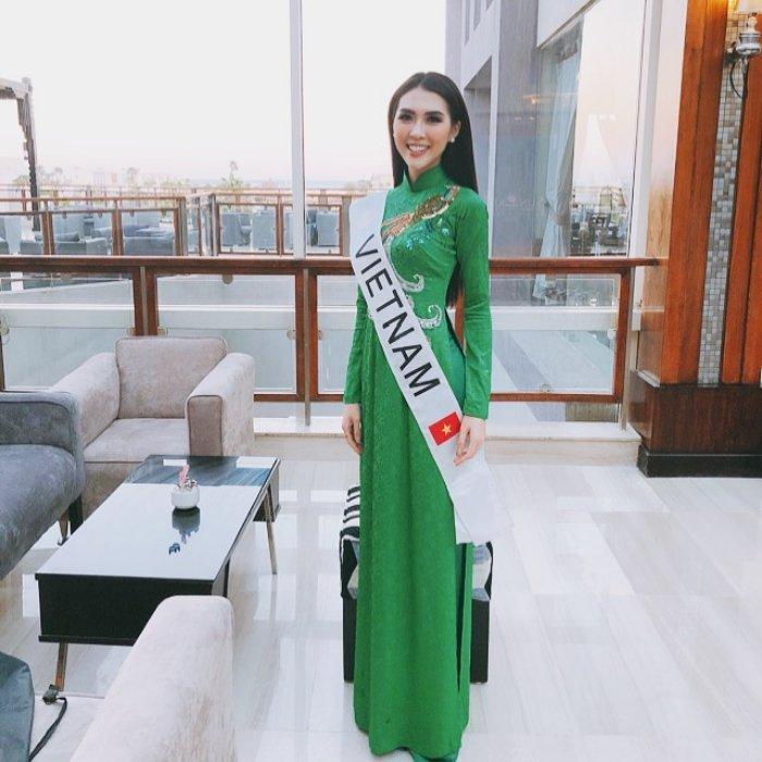 Tuong Linh lot Top10 thi sinh duoc yeu thich nhat tai Hoa hau Lien luc dia hinh anh 7