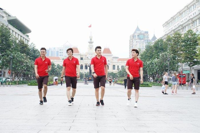 Nhom Vmusic co vu het minh cho doi tuyen bong da U23 Viet Nam hinh anh 4