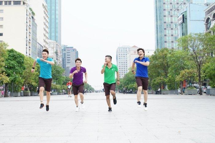 Nhom Vmusic co vu het minh cho doi tuyen bong da U23 Viet Nam hinh anh 12