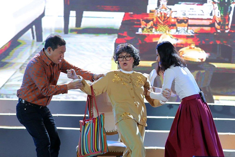 Thu Minh, Hong Nhung, Vu Manh Cuong miet mai chay show dip cuoi nam hinh anh 9