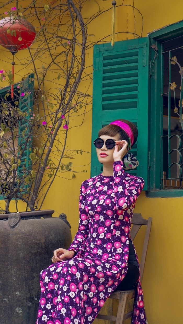 Hoa hau bien Ninh Hoang Ngan ruc ro, diu dang voi ao dai cach tan hinh anh 11