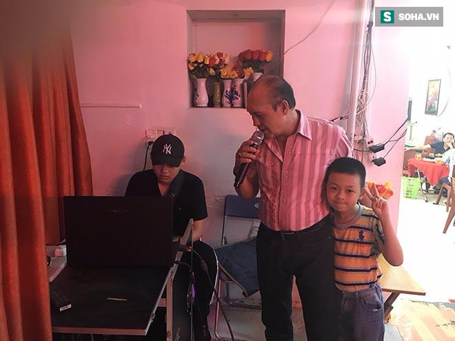 Con trai Duy Phuong: 'Ba bi tuot doc nhu bay gio la vi thua ca do da banh, mat het tai san' hinh anh 2