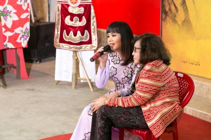 NSND Bach Tuyet, Huy Khanh mang Tet som den vien duong lao nghe si hinh anh 9