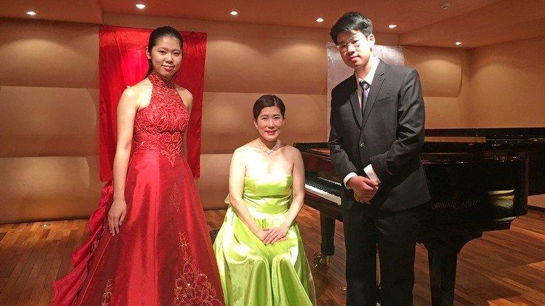 Tai nang piano Nguyen Ba Tan giao luu cung dan nghe si Nhat Ban hinh anh 2