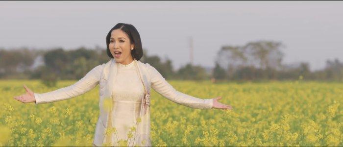 Diva My Linh ke chuyen don Tet xa xu day cam dong hinh anh 1