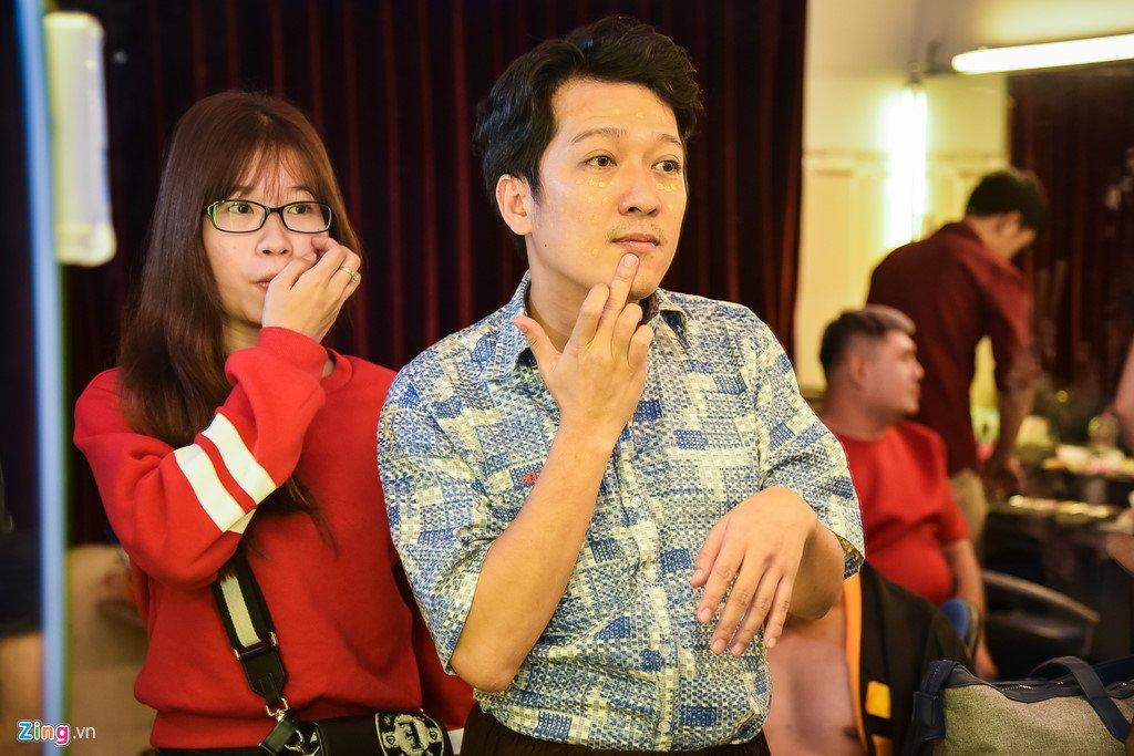 Hoai Linh, Tran Thanh dien 2 suat kich trong chieu mung Mot Tet hinh anh 6