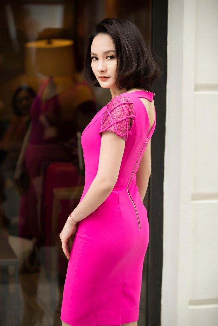 'Nang dau' Bao Thanh tu tin dien dam om body khoe voc dang nuot na hinh anh 9