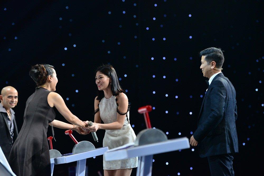 Duc Tri tuyen bo cho Ho Hoai Anh muon 'Lana Del Rey Viet Nam' hinh anh 2