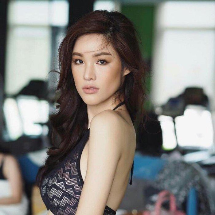 'So gang' nhan sac Huong Giang voi 12 cuu Hoa hau Chuyen gioi Quoc te hinh anh 14