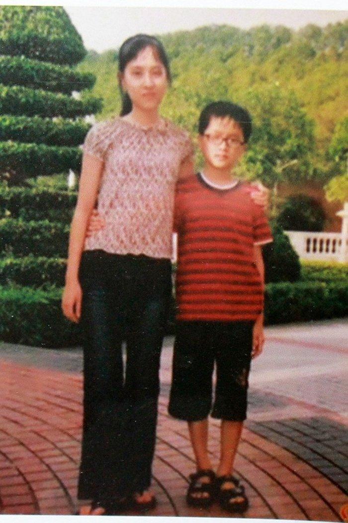 It ai biet, Hoa hau Huong Giang con co chi gai ruot xinh dep chang kem canh hinh anh 2