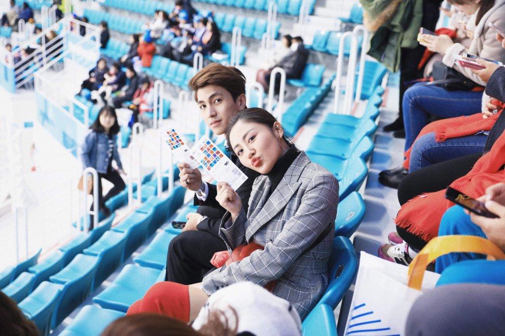 Van Mai Huong - Binh An tay trong tay den gap 'than chet' Lee Dong Wook hinh anh 13