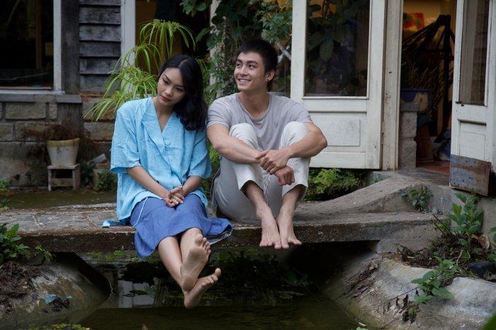 Hai dien vien 'Thang nam ruc ro' hoa cap doi mo mong trong MV moi cua My Linh hinh anh 1