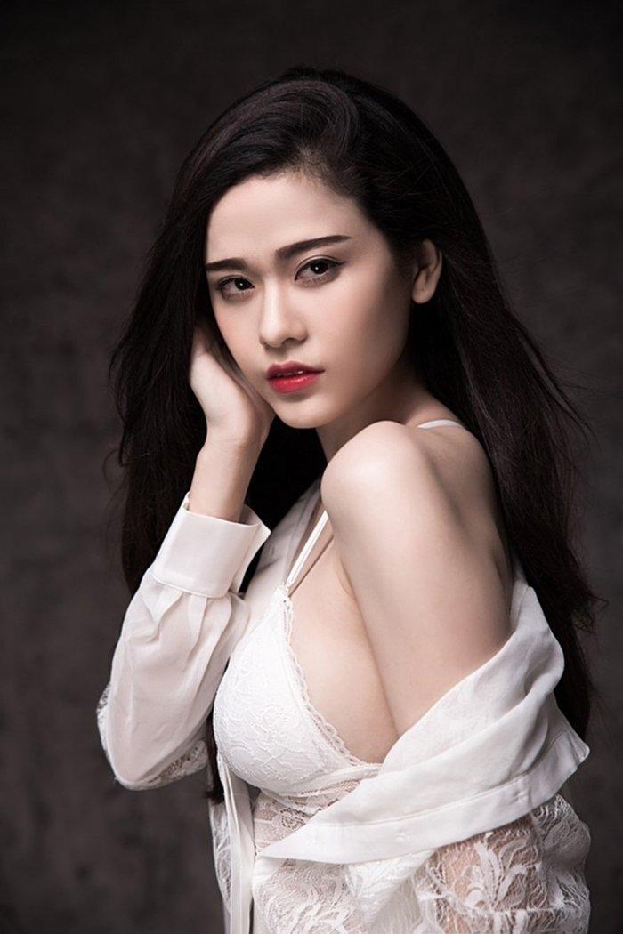 Nhung my nhan 'gai mot con' sexy nhat showbiz Viet hinh anh 11