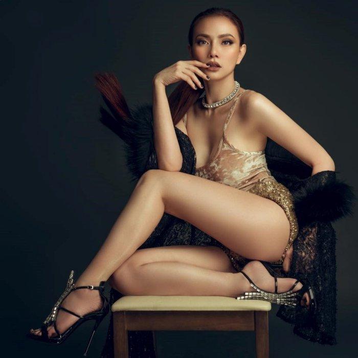 Nhung my nhan 'gai mot con' sexy nhat showbiz Viet hinh anh 9